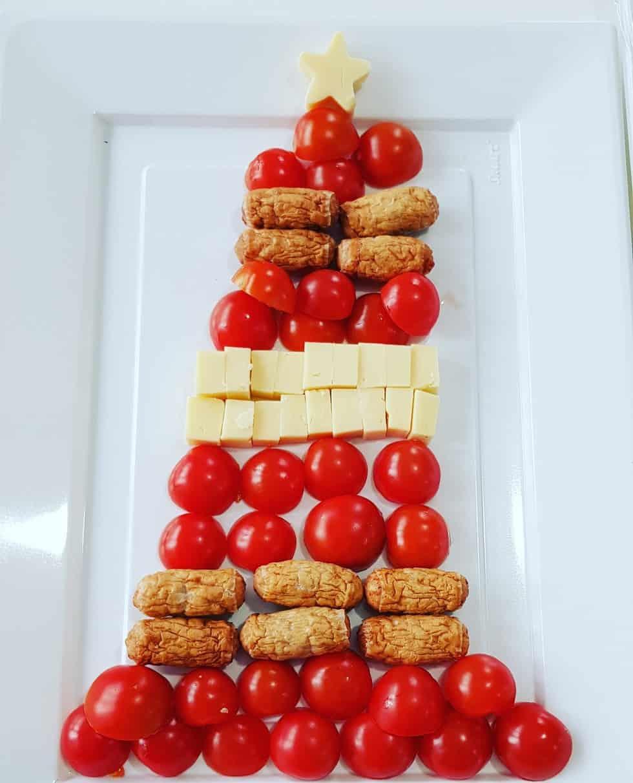 Savoury Christmas Tree Platter #christmasfood #christmasparty #northpolebreakfast
